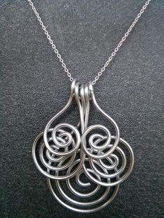 Collier Pendentif Fil Aluminium 5 branches spirales monté sur chaîne ou cordon  : Collier par cathybijoux