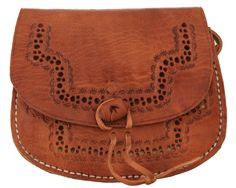 """Ein Hauch von Marokko bringt die Tasche in Deinen Alltag! """"Laureen"""" ist eine traditionelle Tasche, die optisch durch ihren besonderen Verschluss und das tolle Muster auf dem Klappdeckel und der Vorderseite besticht - Ledertasche - Vintage - Boho - Gusti Leder - H13"""