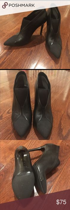 sigerson Morrison booties sz 7. EUC. Stiletto sigerson Morrison booties sz 7. EUC. Worn indoors only. Padding inside shoe which can be removed. Italian leather, retails on 6pm for over $300. http://m.6pm.com/product/8568255/color/1512.  4 inch heel. Runs true to sz Sigerson Morrison Shoes Ankle Boots & Booties