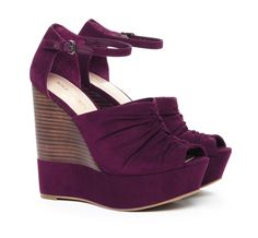Violet wedges. Really cute!