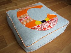 Floor cushion and duvet storage in one - excellent idea! Or use old duvets to make a more permanent floor cushion.