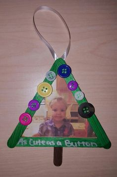 """Student ornaments with #Elfie: """"Cute as a button"""""""