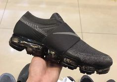 Take A Look At The Nike Air VaporMax Strap In Dark Grey Nike Outfits, Fitness Outfits, Adidas Outfit, Workout Outfits, Balenciaga, Thigh, Sports Shoes, Shoe Game, Discount Nikes