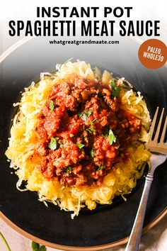Delicious and healthy spaghetti meat sauce made in the Instant Pot! It's so flavorful and comforting, and kid-friendly as well. Serve over gluten free pasta, or with zucchini noddles or spaghetti squash! It freezes beautifully as well. #paleo #instantpot #kidfriendly #whole30 #glutenfree #pressurecooker #meatsauce Meat Sauce Recipes, Real Food Recipes, Healthy Recipes, Spaghetti Meat Sauce, Spaghetti Squash, Best Gluten Free Recipes, Whole30 Recipes, Instant Pot Pressure Cooker, Pasta Dishes