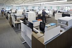 Gensler has designed the new headquarters for National Office Furniture located in Jasper, Indiana. The square foot facility houses over 140 Open Office Design, Workplace Design, Office Interior Design, Office Designs, Office Ideas, Corporate Interiors, Office Interiors, Visual Merchandising, Work Cafe