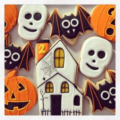 Pottery barn inspired #halloween #cookies #ohsugarevents