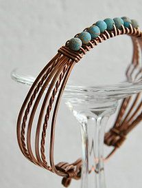 Handmade Wire, Handmade Jewelry, Swarovski, Beaded Bracelets, Beads, O Beads, Beading, Pearl Bracelets, Bead