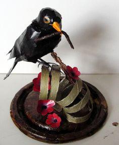 Blackbird with quilled details