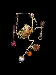 Such a fun and different piece! (William harper THE FLAMBOYANT SULTANA 2015 Gold cloisonne' enamel on fine gold and fine silver; and 24 kt gold; Enamel Jewelry, Metal Jewelry, Pendant Jewelry, Jewelry Art, Silver Jewelry, Fine Jewelry, Jewelry Design, Fashion Jewelry, Jewelry Making