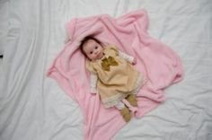 When Is The Right Time For A Baby To Stop Sleeping In A Crib?