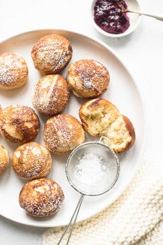 Danish Aebleskivers with step-by-step photos #ebelskivers #aebleskivers #danishpancakes