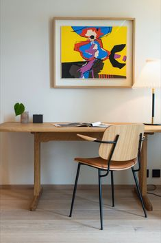 The Søborg Chair and the Mogensen C18 Table both designed by Børge Mogensen are the perfect pair for a modern desk setup. Here they are featured in a hotel room at Thon Hotel Norge located in Kristiansand, Norway. Photograph by aptum.no #fredericiafurniture #søborgchair #mogensenc18table #shakertable #børgemogensen #scandinaviandesign #craftedtolast #modernoriginals #hotelinterior #interiordesign Modern Desk Chair, Desk Setup, Scandinavian Design, Timeless Design, Room Inspiration, Kristiansand Norway, Armchair, Interior Design, Hostel