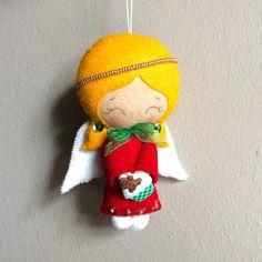 Angelito de fieltro adorno navideño por UnBonDiaHandmade Christmas angel ornament Pattern from gingermelon