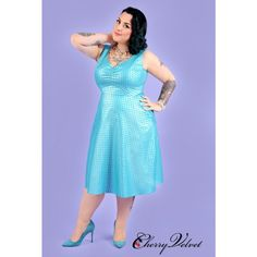 Strike up the conversation with Hedda, dames! Bursting with passion for mid-century flair, The Plus Size Hedda Dress from Unique Vintage is an exuberant piece that will have all the darlings applauding. Cast in a beautiful aqua green, this charming plus s 1950s Fashion, Vintage Fashion, Plus Size Fashion For Women, Plus Fashion, Cherry Dress, Vintage Inspired Dresses, Vintage Velvet, Plus Size Dresses