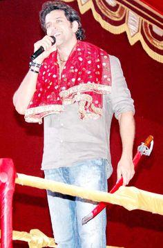 Hrithik Roshan at a Dandiya Raas event. #Bollywood #Fashion #Style #Beauty