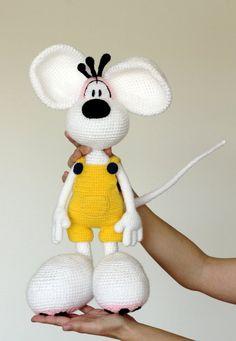 Irresistible Crochet a Doll Ideas. Radiant Crochet a Doll Ideas. Crochet Animal Patterns, Stuffed Animal Patterns, Crochet Patterns Amigurumi, Amigurumi Doll, Crochet Dolls, Crochet Rabbit, Crochet Bunny, Quick Crochet, Cute Crochet