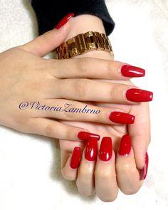 Nail art!! #nails #nailstagram #nailpolish #nailsoftheday #nailart #red #gold