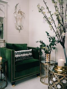Find out how to create luxurious home décor with these simple tips and ideas. Green sofa, brass and gold accents, bar cart drinks trolley. Bohemian interiors and inspiration. Living Room Green, Green Rooms, Living Room Decor, Interior Design Living Room, Living Room Designs, Modern Interior, Luxury Furniture, Furniture Design, Modern Furniture