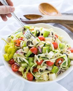 👍 All FRESH ingredients for a healthy and delicious salad! 😋 Antipasto Zoodle Salad is packed with fresh veggies and easily customized with… Zoodle Recipes, Spiralizer Recipes, Healthy Salad Recipes, Beef Recipes, Cooking Recipes, Vegetable Spiralizer, Nacho Recipes, Veggetti Recipes, Clean Eating