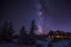 Photograph The Historic Crater Lake Lodge by Marcelo Castro on 500px