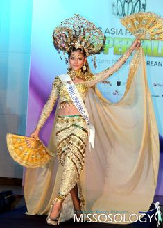 kimona philippines - Google Search Philippines Culture, Filipiniana, Costume Dress, Traditional Dresses, Pageant, Nativity, Designer Dresses, Captain Hat, Princess Zelda