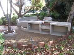 Create a Landscape Fire pit Design Barbacoa, Backyard Bbq Pit, Fire Pit Designs, Up House, Garden Features, Outdoor Furniture Sets, Outdoor Decor, Pool Houses, Outdoor Entertaining