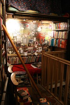 My future home is going to look exactly like Shakespeare and company (Paris). Mazes of books everywhere!