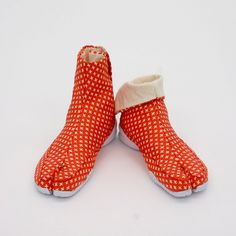 SASHIKO (刺子) | Tabi Shoes 足袋スニーカー