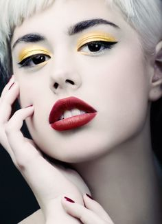 Beauty Exclusive: Luscious by Igor Cvoro