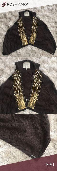 Abercrombie & Fitch Vest In excellent condition! Super cute! Abercrombie & Fitch Jackets & Coats Vests