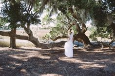 CHARLESTON WEDDINGS - Winter Wedding at Boone Hall Plantation.  Photographer: Jennings King Photography  /  Planning & Design: Fox Events