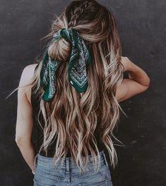 Pin: alyssaklute Insta: alyssa.kluteee Good Hair Day, Pretty Hairstyles, Scarf Hairstyles, Messy Hairstyles, Hair Looks, Hair Inspo, Hair Inspiration, Scrunchies, Her Hair