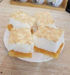 Egy egyszerű, de nagyon finom süti, nálunk nagy kedvenc 🙂 Nem tudok belőle annyit készíteni, hogy megunjuk. Hozzávalók Tészta: 14 dkg margarin 7 tojássárgája 14 dkg cukor 14 dkg liszt 1 kk sütőpor tészta lekenéséhez: 10 dkg sárgabarack lekvár hab: … Egy kattintás ide a folytatáshoz.... →