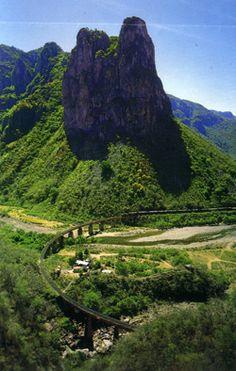 Copper Canyon by rail,No cabe duda comp dijo,Antonio Aguilar ,Que bonito es Chihuahua,que bonito es Chihuahua!!!.