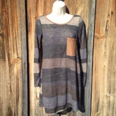 NWT Long Gray Brown Stripe Top Size S Perfect with leggings or skinny jeans! Boutique Tops Tunics
