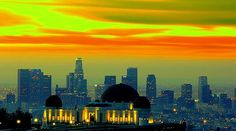 Griffith Observatory and the LA Skyline Los Angeles Skyline, Griffith Observatory, City Of Angels, California Dreamin', Heaven On Earth, Best Cities, New York Skyline, Beautiful Places, Ocean