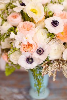 Peach roses and anemones complement this sea themed party perfectly   Love & Splendor   100 Layer Cakelet