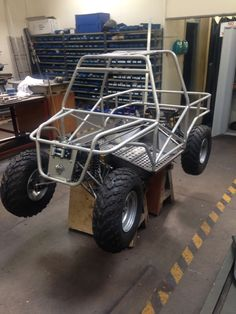 Nice one person body for a quad Go Kart Buggy, Off Road Buggy, Mini Jeep, Mini Bike, Go Kart Kits, Go Kart Frame, Homemade Go Kart, Go Kart Plans, Diy Go Kart
