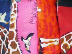 Light scarf - giraffe.