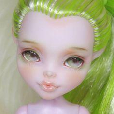 #monsterhighdoll #monsterhigh #ooak #monsterhighrepaint #ooakmonsterhigh #doll #dollrepaint #repaint