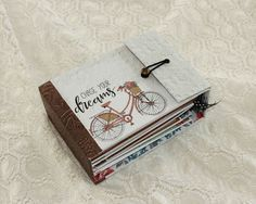 Minialbum and vintage paper camera tutorial created by Kirsten Hyde.