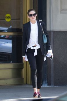 Olivia Palermo New York City November 2017 Estilo Olivia Palermo, Olivia Palermo Lookbook, Olivia Palermo Style, Oxford Shoes Outfit, Masculine Style, Love Her Style, Office Outfits, Office Wear, Work Outfits