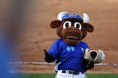 Thumbs up from the Durham Bull! 4f4bd64bc