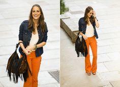 calca flair laranja, blusa jeans e rasteirinha!