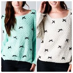 PISTACHIO OR VANILLA BEAN ICE CREAM SWEATER! This looks like ice cream to me! Pretty pistachio or vanilla with cute little black bows. Back is plain. Lightweight acrylic knit.PLEASE DO NOT BUY THIS LISTING! I will personalize one for you. tla2 Sweaters Crew & Scoop Necks