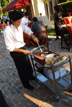 Trend: Food and Beverage Carts