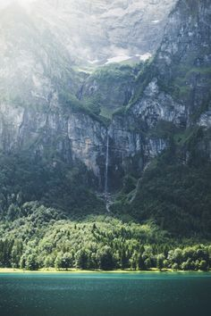 satakentia:  DreamingKlöntalersee Switzerland by Rodrigo...