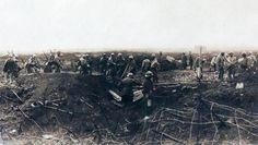 WW1, 1916; French soldiers emerge from a trench. © AKG Images