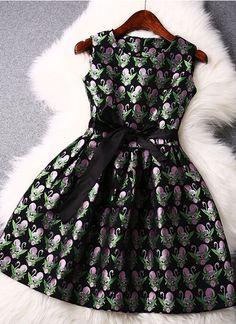 Swan embroidery jacquard sleeveless dress