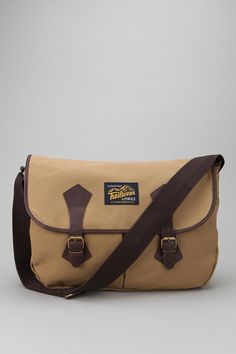 Penfield Oxon Messenger Bag  #UrbanOutfitters